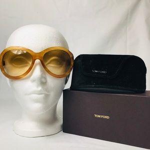 Tom Ford Elizabeth Oversized Sunglasses #84